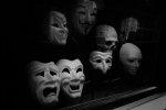 maski w teatrze
